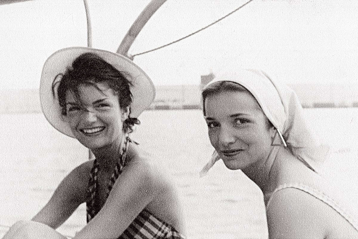 Jackie Kennedy And Lee Radziwill Sisters Of Providence-8029