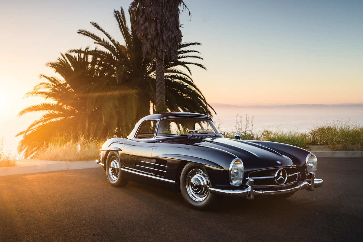 invest 1960 mercedes benz 300sl roadster the rake. Black Bedroom Furniture Sets. Home Design Ideas
